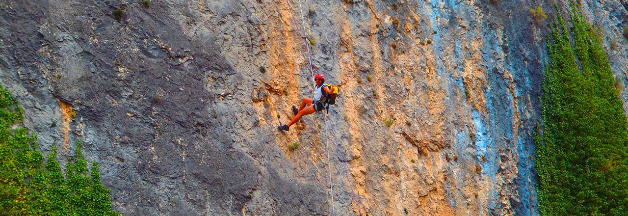 Grandes verticales y rapel en SIerra de Guara (huesca)