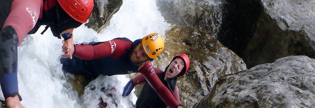 Campos de entrenamientos con aventuras y estancias outdoor de preparación física para clubes y equipos de deporte en Sierra de Guara (Huesca-Aragon-España)