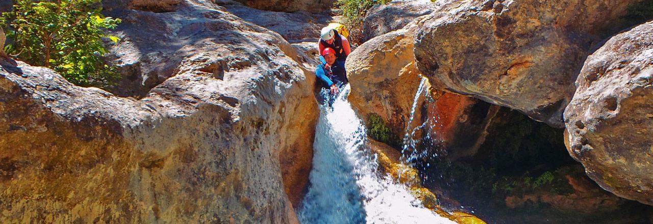 Adventure Canyoning formiga Sierra de Guara