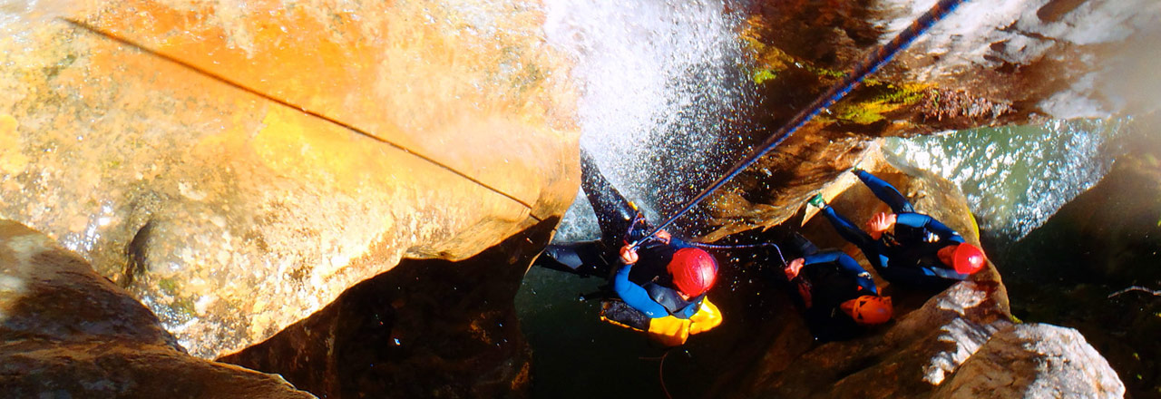 Bachelor party canyoning in Spain