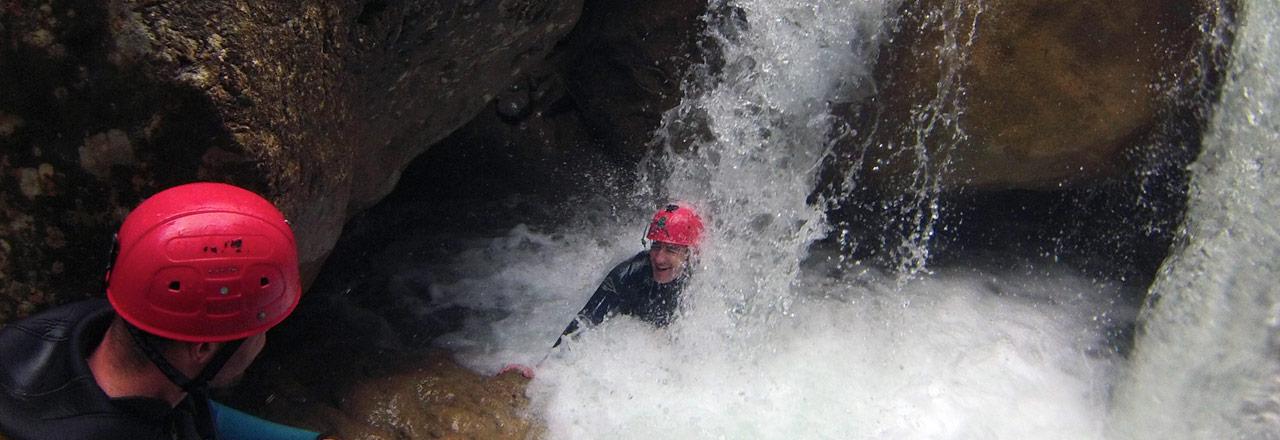 estancias de aventura y barranquismo con Expediciones