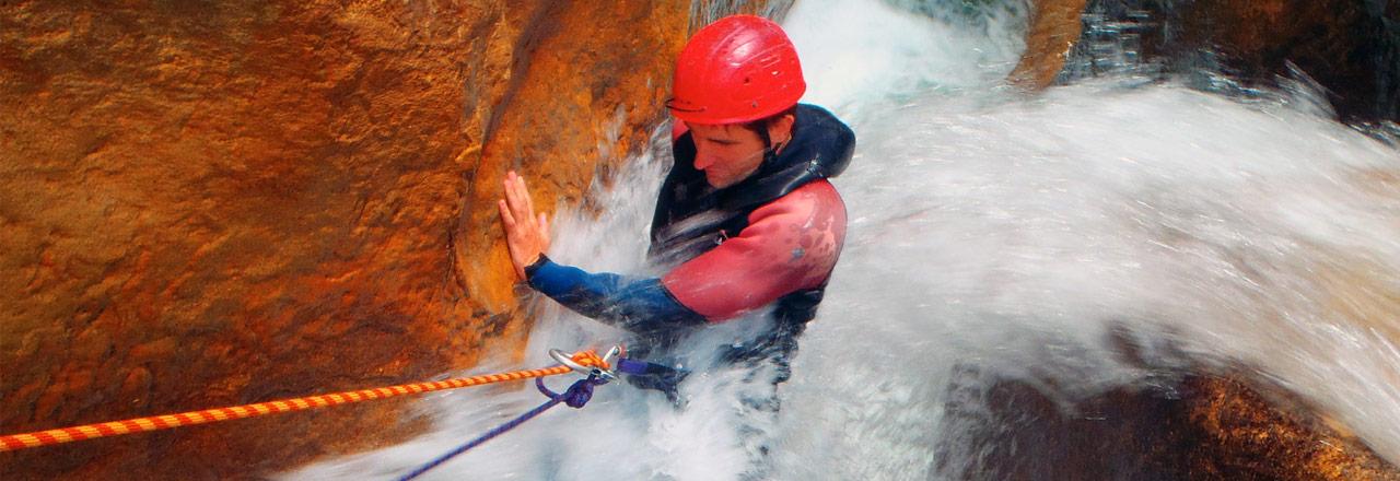 Campos y Estancias de entrenamientos con aventuras para clubes y equipos de deporte en Sierra de Guara, Huesca, Aragon, España