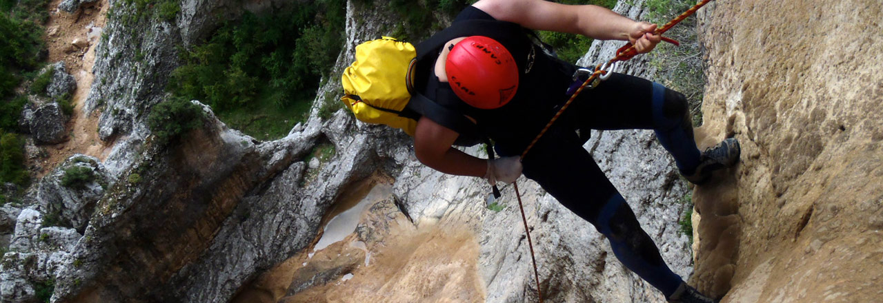 Pack big vertical and canyoning with abseils in Sierra de Guara - Huesca - Aragon - Spain