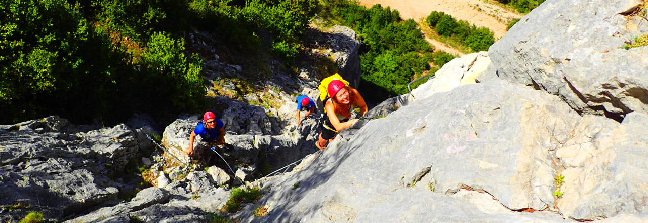 Via ferrata espolon de la virgen- Rodellar (Huesca) con Expediciones-sc.es