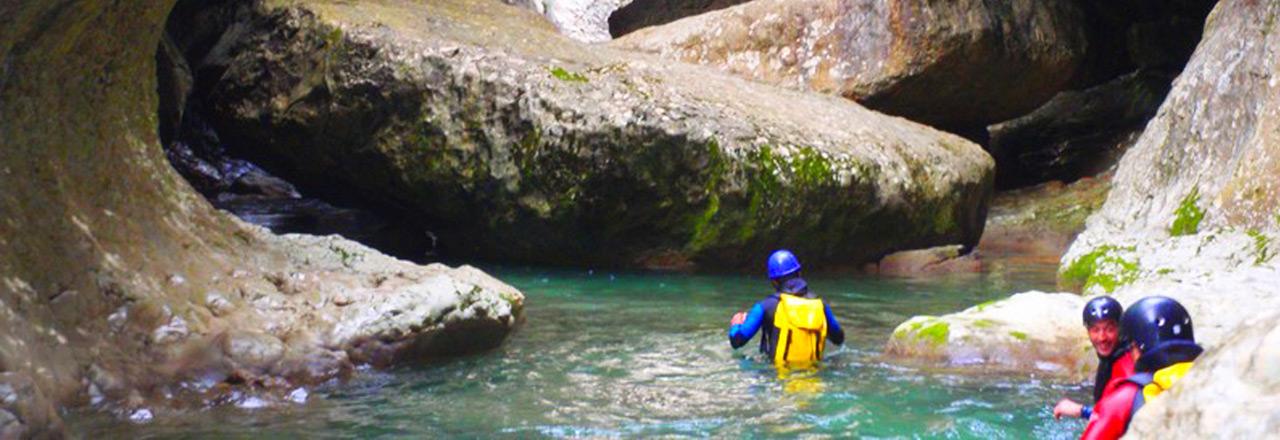 barranquismo con vivaque en españa - Pirineos