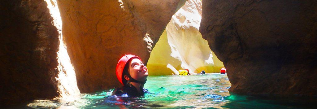 Barranquismo-aventura-en-la-Sierra-de-Guara-y-en-otros-lugares