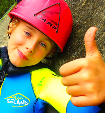 Adventure & canyoning for families, kids & childrens in Sierra de Guara in Spain