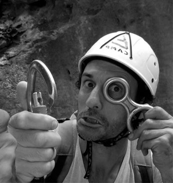 Equiments rental for canyoning, via ferrata & mountains activities in Sierra de Guara
