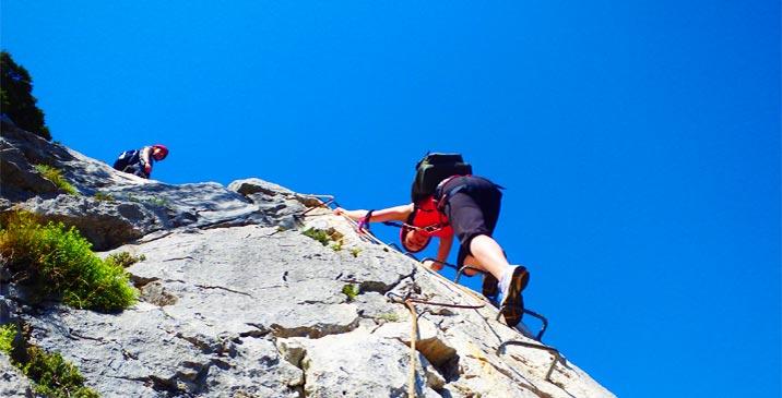 Pack multi-aventure via ferrata, rappel et canyoning en Sierra de Guara (Huesca-Espagne) avec Expediciones-sc.es