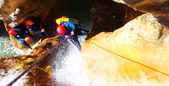 Week of canyoning in Sierra de Guara with 5 days of canyons in Spain