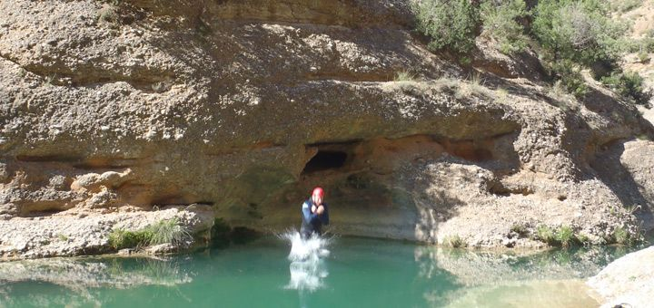 Adventure programs and canyoning for bachelor and bachelorette party in Spain
