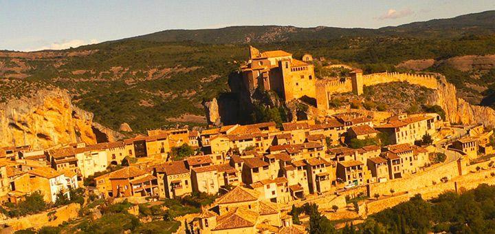 Alquezar, aragonese town of Sierra de Guara in Spain)