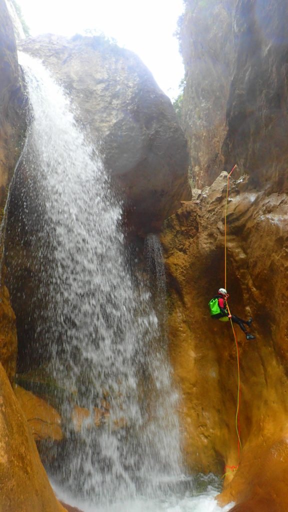 Abseil in the canyoning of Gorgas Negras